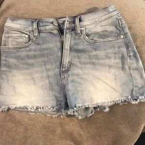 VS Pink distressed higher-waisted Jean shorts